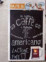 Café am Kollarovo nam. Bratislava, Bratislavsky kraj, Slowakei, Europa<br /> Cafè at Kollarovo nam., Bratislava, Bratislavsky kraj, Slowakia, Europe