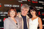 Carmen Maura, Pedro Almodovar & Penelope Cruz - VOLVER Photocall of the film by Pedro Almodovar in Barcelona.