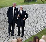 Sir Alex Ferguson and Willie Henderson