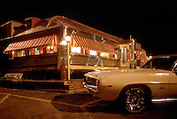 - New Jersey, restaurant for car drivers along a state road....- New Jersey, ristorante per automobilisti lungo una strada statale