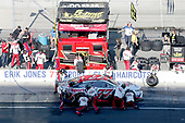 Monster Energy NASCAR Cup Series<br /> Brickyard 400<br /> Indianapolis Motor Speedway, Indianapolis, IN USA<br /> Sunday 23 July 2017<br /> Erik Jones, Furniture Row Racing, Sport Clips Toyota Camry pit stop<br /> World Copyright: Matthew T. Thacker<br /> LAT Images