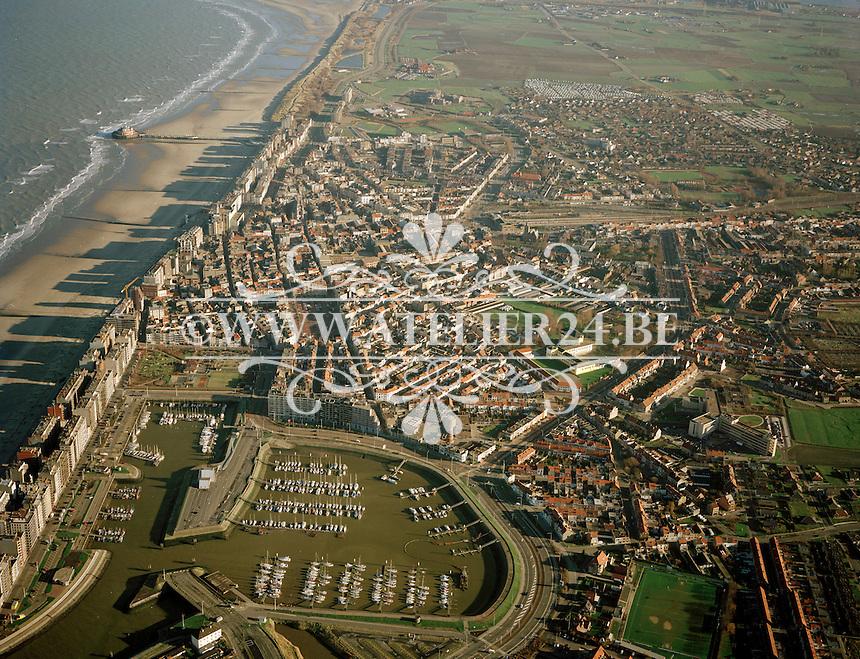 Januari 1998. Luchtfoto van Blankenberge.