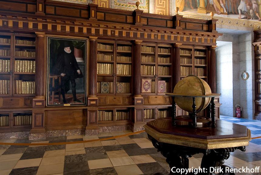 Spanien, Bibliothek im Monasterio de San Lorenzo de El Escorial bei Madrid, Unesco-Weltkulturerbe