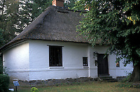 AJ2180, Mennonite, house, Germany, Europe, Museum and house with thatched roof of Menno Simons, the founder of the Mennonites in Bad Oldesloe.