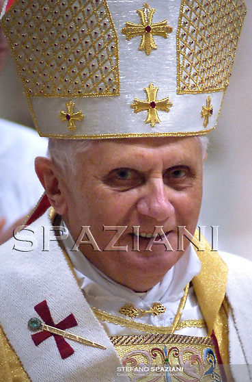 Pope Benedict XVI during the Eucharistic celebration with the new cardinals on November 25, 2007