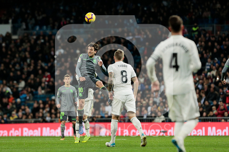 Real Madrid's Toni Kroos and Real Sociedad's Mikel Oyarzabal during La Liga match between Real Madrid and Real Sociedad at Santiago Bernabeu Stadium in Madrid, Spain. January 06, 2019. (ALTERPHOTOS/A. Perez Meca)<br />  (ALTERPHOTOS/A. Perez Meca)