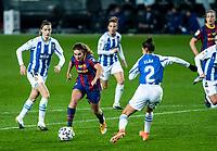 6th January 2021; Camp Nou, Barcelona, Spain. La Liga Womens league football FC Barcelona versus Rcd Espanyol; Mariona Caldenteny beats Elba of Espanyol during the Liga Iberdrola match