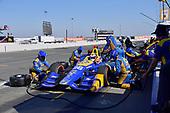 Verizon IndyCar Series<br /> GoPro Grand Prix of Sonoma<br /> Sonoma Raceway, Sonoma, CA USA<br /> Sunday 17 September 2017<br /> Alexander Rossi, Curb Andretti Herta Autosport with Curb-Agajanian Honda, pit stop<br /> World Copyright: Gavin Baker<br /> LAT Images