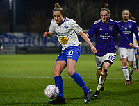 20180126 - OOSTAKKER , BELGIUM : Anderlecht's Elke Van Gorp (r) pictured chasing Gent's Chloe Vande Velde (left) during the quarter final of Belgian cup 2018 , a womensoccer game between KAA Gent Ladies and RSC Anderlecht , at the PGB stadion in Oostakker , friday 27 th January 2018 . PHOTO SPORTPIX.BE   DAVID CATRY