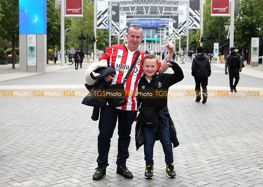 Brentford fans arrive at the Stadium ahead during Brentford vs Swansea City, Sky Bet EFL Championship Play-Off Final Football at Wembley Stadium on 29th May 2021