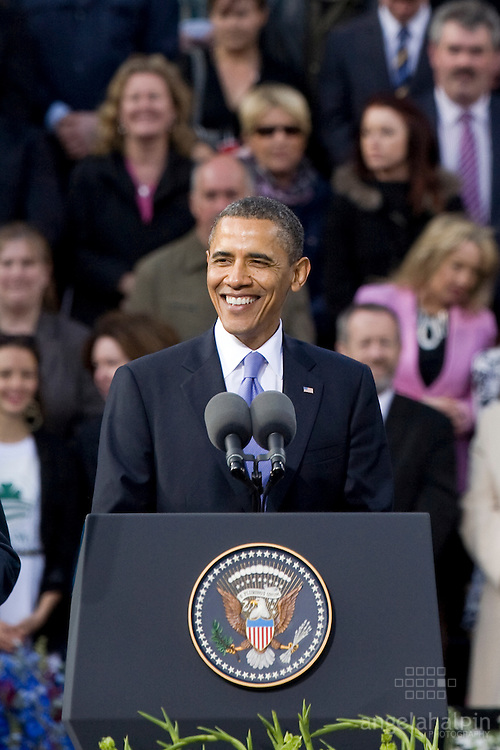 US President Barack Obama addresses tens of thousands of people at College Green in Dublin - the last public event of his brief visit to Ireland.