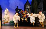 LA FILLE MAL GARDEE....Choregraphie : ASHTON Frederick..Compositeur : HEROLD Louis joseph Ferdinand..Compagnie : Ballet de l Opera National de Paris..Orchestre : Orchestre de l Opera National de Paris..Decor : LANCASTER Osbert..Lumiere : THOMSON George..Costumes : LANCASTER Osbert..Avec :..LABROT Alexandre..CHANIAL Camille..JOANNIDES Amelie..MAYOUX Sophie..OSMONT Caroline..Lieu : Opera Garnier..Ville : Paris..Le : 26 06 2009..© Laurent PAILLIER / www.photosdedanse.com..All rights reserved