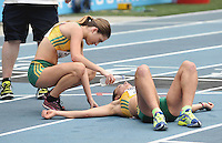 CALI - COLOMBIA - 18-07-2015: Clara Smith y Jemima Montas de Australia, durante la prueba de los 5000 metros en el estadio Pascual Guerrero sede, sede de IAAF Campeonatos Mundiales de la Juventud Cali 2015.  / : Clara Smith y Jemima Montas of Australia, during the test of 5000 meters in the Pascual Guerrero home of the IAAF World Youth Championships Cali 2015. Photos: VizzorImage / Luis Ramirez / Staff.
