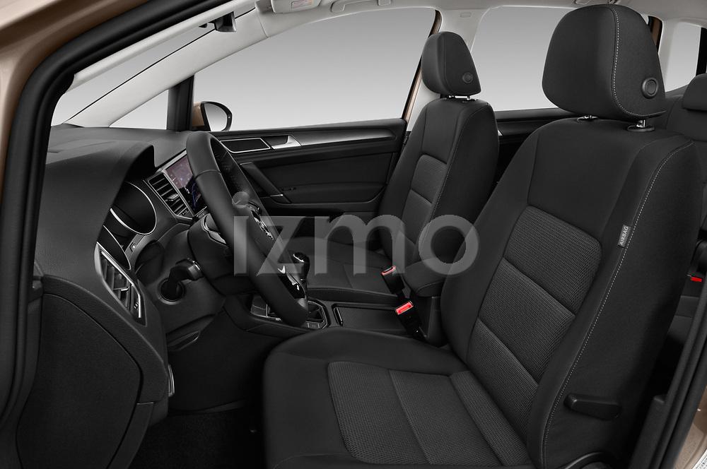 Front seat view of a 2018 Volkswagen Golf Sportsvan Comfort Line  5 Door MPV front seat car photos