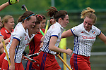 GER - Mannheim, Germany, May 06: During the German Hockey Bundesliga women match between Mannheimer HC (white) and Duesseldorfer HC (red) on May 6, 2017 at Am Neckarkanal in Mannheim, Germany. Final score 3-2 (HT 2-0). (Photo by Dirk Markgraf / www.265-images.com) *** Local caption ***
