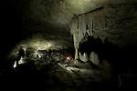 grottes calcaires pres de l'anse quitor