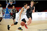 11-02-2021: Basketbal: Donar Groningen v Apollo Amsterdam: Groningen  Donar speler Leon Williams en Apollo speler Lucas Faijdherbe