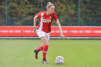 midfielder Charlotte Cranshoff (18 Standard) pictured during a female soccer game between Standard Femina de Liege and Dames SV Zulte Waregem on the fifth matchday of the 2020 - 2021 season of Belgian Scooore Womens Super League , saturday 17 th of October 2020  in Angleur , Belgium . PHOTO SPORTPIX.BE | SPP | STIJN AUDOOREN