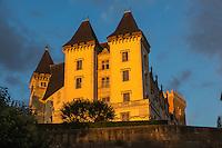 France, Aquitaine, Pyrénées-Atlantiques, Béarn, Pau: le château où naquit le roi Henri IV //  France, Pyrenees Atlantiques, Bearn, Pau:  14th century castle, place of birth of king Henry IV