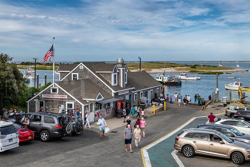 Chatham Pier Fish Market, Chatham, Cape Cod, Massachusetts, USA.
