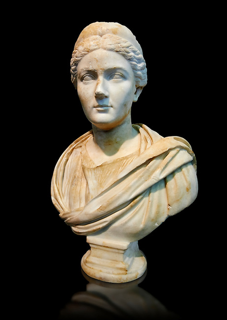 Roman portrait bust of Sabina, circa 135 AD excavated from the via Appia, Rome. . The National Roman Museum, Rome, Italy