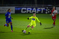 goalkeeper Lowiese Seynhaeve (1) of Zulte Waregem pictured during a female soccer game between AA Gent Ladies and SV Zulte-Waregem on the fifth matchday in the 2021 - 2022 season of Belgian Scooore Womens Super League , friday 1 October 2021  in Oostakker , Belgium . PHOTO SPORTPIX | STIJN AUDOOREN