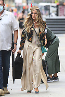 NEW YORK, NY- JULY 13: Sarah Jessica Parker arriving to the set of the HBOMax Sex and the City reboot series And Just Like That in New York City on July 13, 2021. <br /> CAP/MPI/RW<br /> ©RW/MPI/Capital Pictures