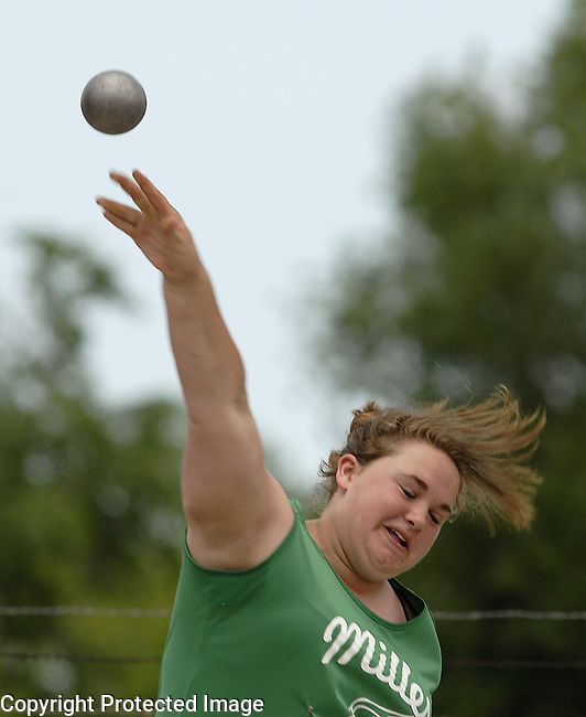 Inertia Photo/Dick Kettlewell:  Jesse Parmely of Miller -- shot put