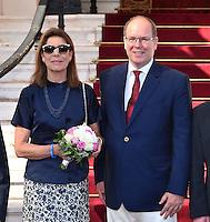 """---- NO TABLOIDS, NO WEB -- EXCLUSIF - La Princesse Caroline de Hanovre et son frère le Prince Albert II de Monaco lors de la Ciné-conférence avec la projection du film """"L'invention de Monte Carlo"""", 150 ans d'histoire en images, proposée par les Archives audiovisuelles de Monaco et les Archives du Palais Princier de Monaco, le 22 juin 2016 à l'Opéra Garnier de Monaco. Ce film documentaire commenté en direct sur la scène de l'Opéra relate toute l'histoire de ce quartier de la Principauté : """"Monte Carlo"""" rendu célébre dès le début du XXeme siécle par son Casino puis par les nombreuses manifestations de prestiges qui y ont été organisées autant culturelles, comme les ballets ou les concerts de musique classique, ou que le Festival de Télévision, mais aussi sportives comme les départs des Rallyes de Monte Carlo. A travers ce quartier mythique de la Principauté, le spectateur est plongé dans l'histoire de Monaco et de son développement touristique et économique, de la création de la Société des Bains de Mer (SBM), au face à face entre le Prince Rainier III et Onassis, sans oublier les nombreux films tournés à Monte Carlo. # LE PRINCE ALBERT DE MONACO ET LA PRINCESSE CAROLINE A UNE CINE-CONFERENCE A L'OPERA GARNIER DE MONACO"""
