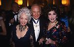 BUZZ E LOIS ALDRIN CON GINA LOLLOBRIGIDA -  LE ROYAL MONCEAU PARIGI 2002