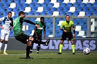 Domenico Berardi of US Sassuolo scores on penalty the goal of 1-1 during the Serie A football match between US Sassuolo and Atalanta BC at Citta del Tricolore stadium in Reggio Emilia (Italy), May 2nd 2021. Photo Andrea Staccioli / Insidefoto