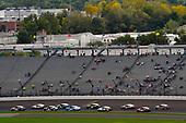 #18: Kyle Busch, Joe Gibbs Racing, Toyota Camry M&M's Caramel and #4: Kevin Harvick, Stewart-Haas Racing, Ford Fusion Jimmy John's New 9-Grain Wheat Sub