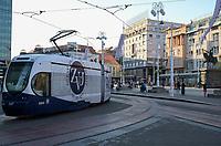 CROATIA, Zagreb, electric tram at place of the republic / KROATIEN, Zagreb, Elektrische Straßenbahn auf dem Republiksplatz im Stadtzentrum, reiterdenkmal Ban Jelacic 1848
