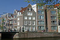 Amsterdam canali  canals of Amsterdam  Case Monumental buildings along canals.. Olanda