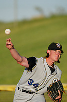 July 11 2005: Jered Weaver of the Rancho Cucamonga Quakes in action at Mavericks Stadium in Adelanto,CA.  Photo by Larry Goren/Four Seam Images