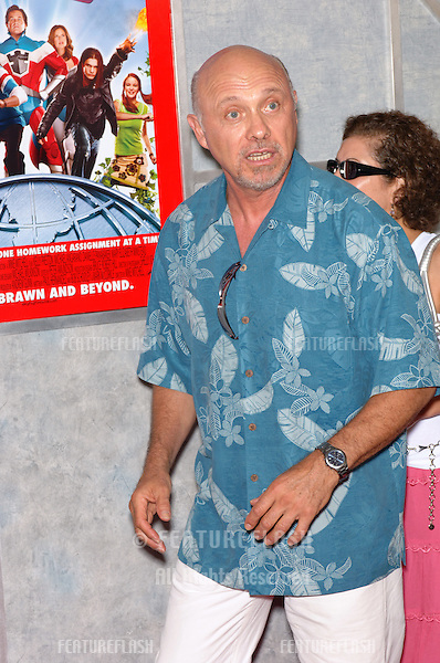 Actor HECTOR ELIZONDO at the world premiere of Sky High, at the El Capitan Theatre, Hollywood..July 24, 2005  Los Angeles, CA.© 2005 Paul Smith / Featureflash