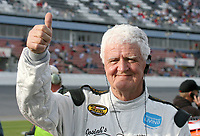 "72-year-old NASCAR driver James Hylton signals ""thumbs-up"" to fans before Daytona 500 qualifying at Daytona International Speedway on Sunday, February 11,  2007.  (Photo by Brian Cleary/www.bcpix.com)"