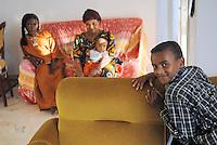 """- a small community of Tuareg, the legendary """"blue men"""" of Sahara, coming from, Niger has settled in Pordenone, town of Italian northeast, being able to achieve a good degree of integration although in the respect of their traditional culture; Sidi, son of Haddo Oubana El Hadji, with its family....- una piccola comunità di Tuareg, i leggendari """"uomini blu"""" del Sahara, provenienti dal Niger, si sono stabiliti a Pordenone, città del nord-est italiano, riuscendo a conseguire un buon grado di integrazione pur nel rispetto della loro cultura tradizionale; Sidi, figlio di Haddo Oubana El Hadji, con la sua famiglia"""