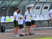 Hungary - Hongarije : UEFA Women's Euro Qualifying group stage (Group 3) - 20/06/2012 - 17:00 - szombathely  - : Hungary ( Hongarije ) - BELGIUM ( Belgie) :.Willeke Willems , Taika De Koker , Niki De Cock en Heleen Jaques.foto DAVID CATRY / JOKE VUYLSTEKE / Vrouwenteam.be.