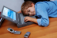 Bambini e tecnologia.Children and Technology...