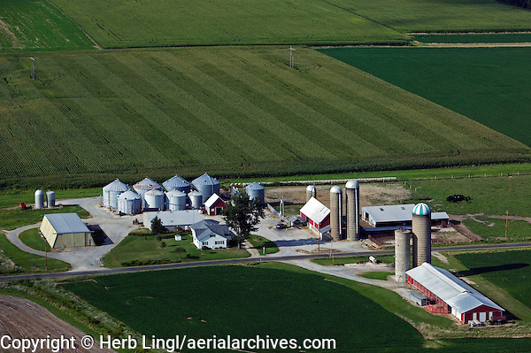 aerial photograph of silos and farm buildings in Missouri