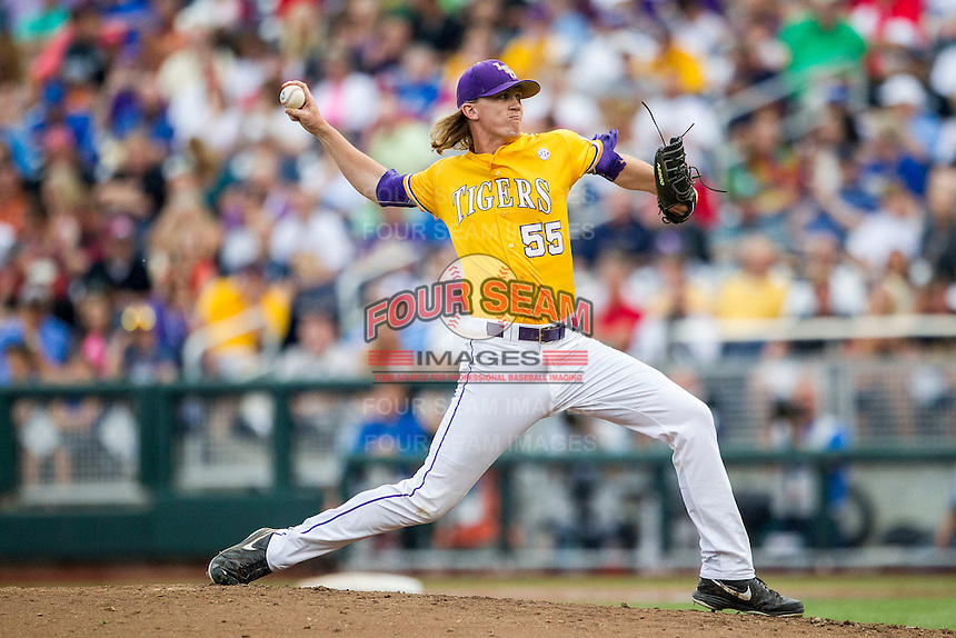 LSU Tigers pitcher Hunter Newman (55) delivers a pitch to the plate against the TCU Horned Frogs in Game 10 of the NCAA College World Series on June 18, 2015 at TD Ameritrade Park in Omaha, Nebraska. TCU defeated the Tigers 8-4, eliminating LSU from the tournament. (Andrew Woolley/Four Seam Images)