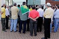 Campinas (SP), 16/09/2020 - Politica - A segunda convenção do PP (Partido Progressista) terminou em confusão após o impedimento de entrada de pré-candidatos na manhã desta quarta-feira (16) em Campinas (SP). A Polícia Militar foi acionada para dar apoio na ocorrência.<br /> O partido decidiu por realizar hoje - último dia do prazo para definição de candidatos -, uma nova convenção, após a Justiça Eleitoral anular a reunião realizada na última semana, onde os membros da Executiva decidiram por não lançar candidato à prefeitura, e apoiar o atual deputado estadual Rafa Zimbaldi (PL) nas eleições deste ano.