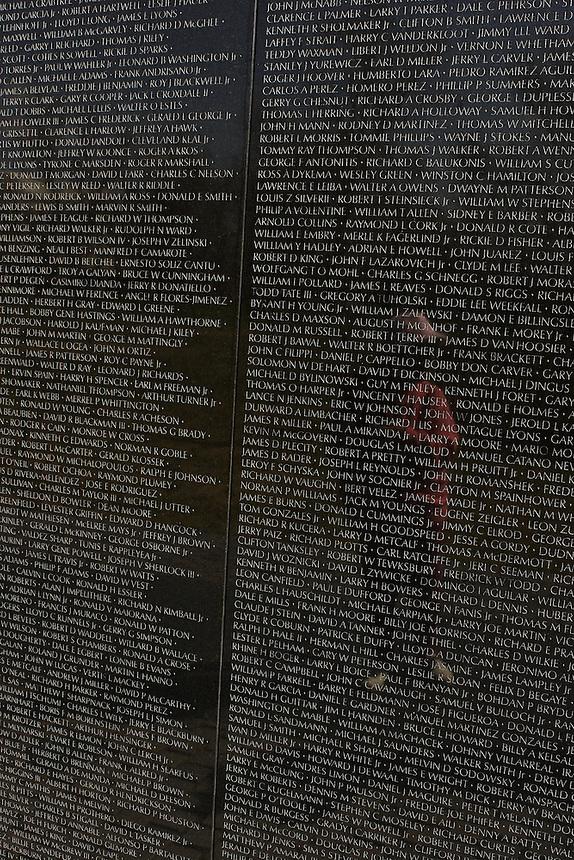 Vietnam War Memorial, Washington DC; 329pm, 4April2006