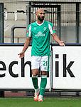 17.10.2020, Schwarzwald Stadion, Freiburg, GER, 1.FBL, SC Freiburg vs SV Werder Bremen<br /><br />im Bild / picture shows<br />Ömer Toprak (Bremen)<br /><br />Foto © nordphoto / Bratic<br /><br />DFL REGULATIONS PROHIBIT ANY USE OF PHOTOGRAPHS AS IMAGE SEQUENCES AND/OR QUASI-VIDEO.
