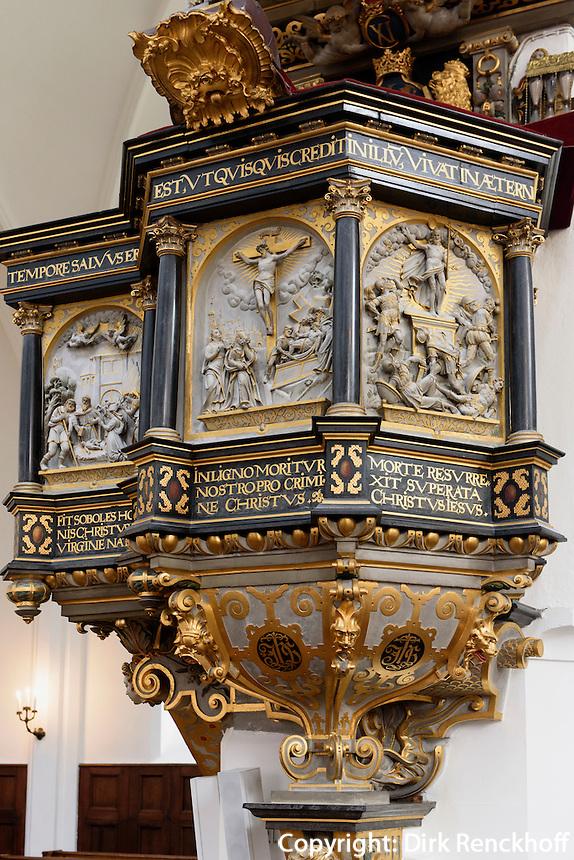 Kanzel in der St.Petri-Kirche (14.Jh.) in Malmö, Provinz Skåne (Schonen), Schweden, Europa<br /> Pulpit  in Gothic St.Peter's Church in Malmo, Sweden