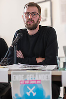 """Pressekonferenz des Aktionsbuendnis """"Ende Gelaende"""" zum Klimacamp in der Lausitz und der geplanten Blockade des Braunkohletagebau in der brandenburgischen Lausitz.<br /> Die Aktivisten erwarten bis zu 4.000 Menschen aus ganz Europa, die sich an den geplanten Blockaden des Tagebau vom 13. bis 16. Mai 2016 und einer Grossdemonstration am 14. Mai in Welzow beteiligen wollen.<br /> Das Buendnis """"Ende Gelaende"""" fordert den Ausstieg aus der Kohle und den Umstieg auf Erneuerbare Energie.<br /> Im Bild: Georg Koessler, Klimaaktivist.<br /> 11.5.2016, Berlin<br /> Copyright: Christian-Ditsch.de<br /> [Inhaltsveraendernde Manipulation des Fotos nur nach ausdruecklicher Genehmigung des Fotografen. Vereinbarungen ueber Abtretung von Persoenlichkeitsrechten/Model Release der abgebildeten Person/Personen liegen nicht vor. NO MODEL RELEASE! Nur fuer Redaktionelle Zwecke. Don't publish without copyright Christian-Ditsch.de, Veroeffentlichung nur mit Fotografennennung, sowie gegen Honorar, MwSt. und Beleg. Konto: I N G - D i B a, IBAN DE58500105175400192269, BIC INGDDEFFXXX, Kontakt: post@christian-ditsch.de<br /> Bei der Bearbeitung der Dateiinformationen darf die Urheberkennzeichnung in den EXIF- und  IPTC-Daten nicht entfernt werden, diese sind in digitalen Medien nach §95c UrhG rechtlich geschuetzt. Der Urhebervermerk wird gemaess §13 UrhG verlangt.]"""