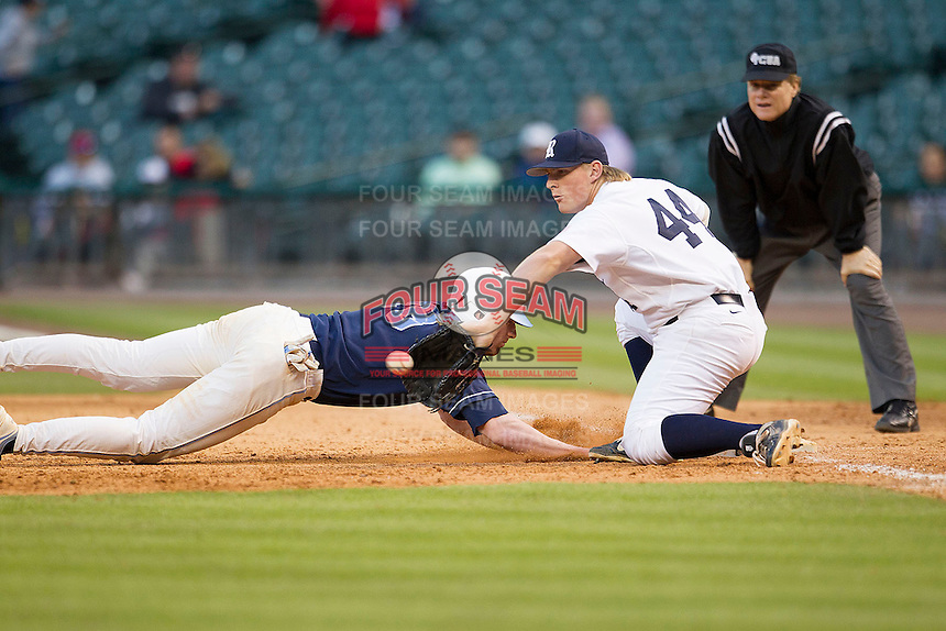 Rice Owls first baseman Skyler Ewing #44 receives a pick off throw during the NCAA baseball game against the North Carolina Tar Heels on March 1st, 2013 at Minute Maid Park in Houston, Texas. North Carolina defeated Rice 2-1. (Andrew Woolley/Four Seam Images).