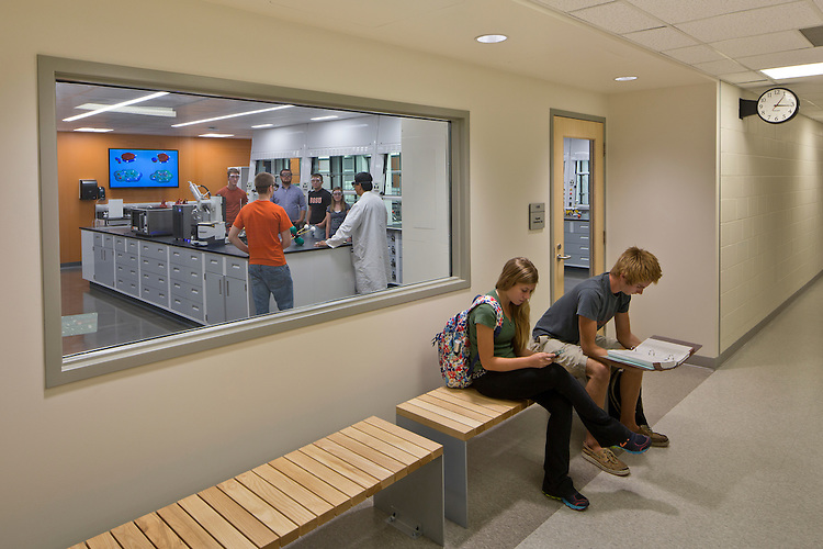 Organic Chemistry Laboratory at Bowling Green State University | BHDP Architecture