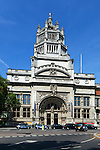 United Kingdom, London: Victoria and Albert museum, displaying art and design | Grossbritannien, England, London: Victoria und Albert Museum